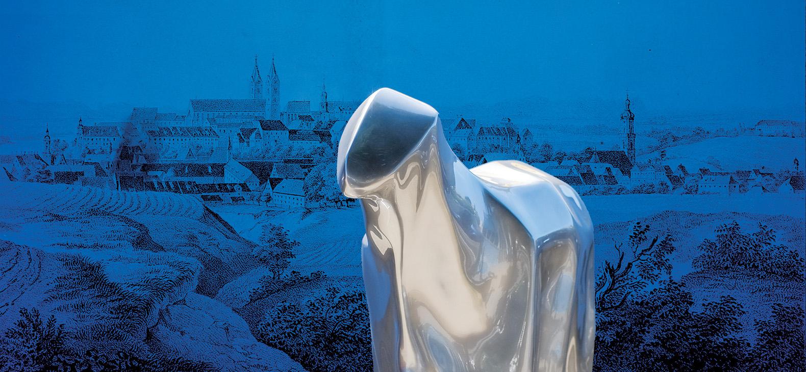 Vordergrund: Csongor Sziget: SpaceSheep, Skulptur 2013/2020  / Hintergrund: Kreidelithographie, Verlag Anton Unthal Freising um 1850/60, Stadtmuseum / Sammlung des Historischen Vereins, Inv.Nr. 4269