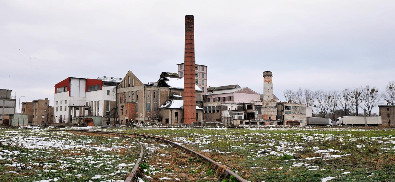 Verfallene Zuckerfabrik in Sládkovičovo, Slowakei; Ilona Németh: Eastern Sugar, Foto: Olja Tria¨ka Stefanović
