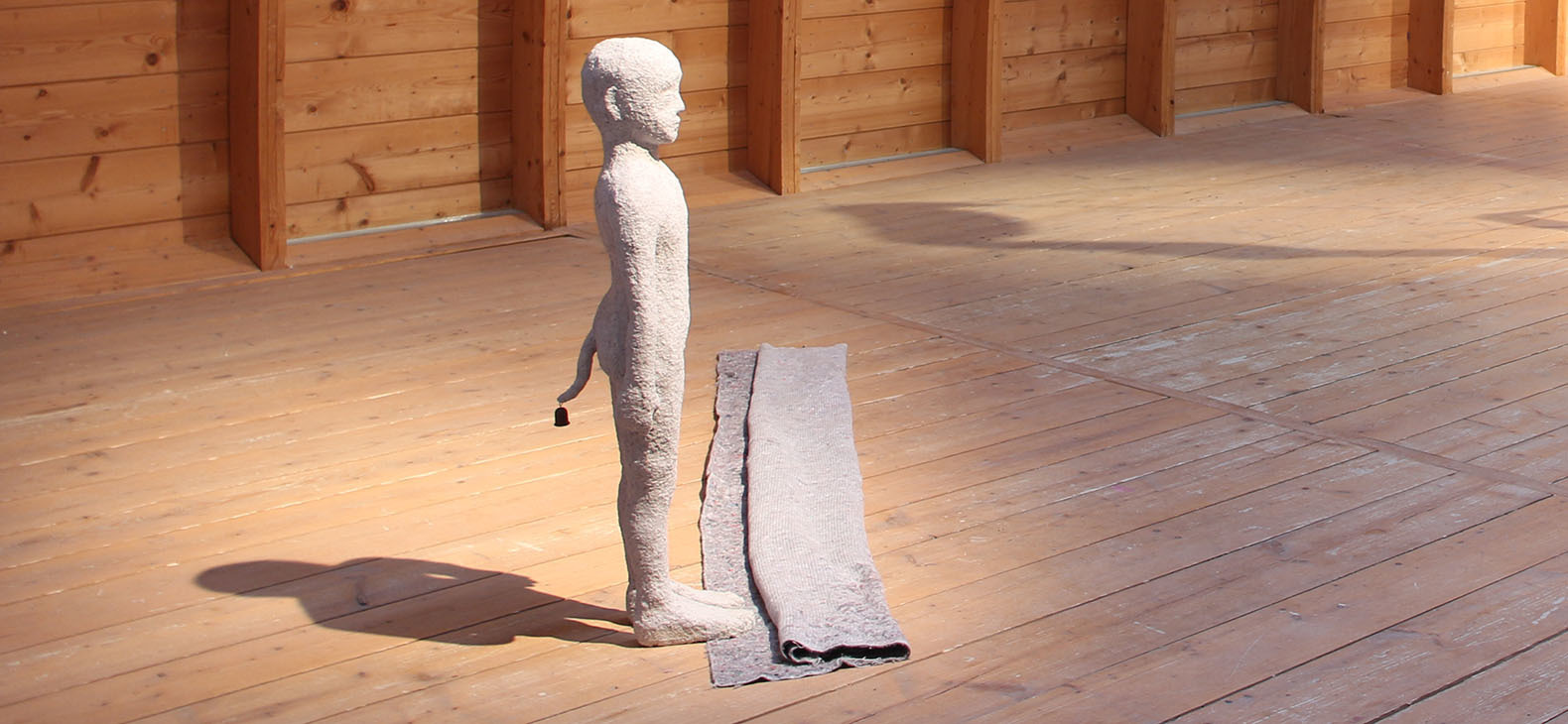 Natalia Janus-Malewska: Herd Boy, 2017, sculpture, 120x50x200 cm, part of the exhibition Interplay 2017 in the framework of Transfer > Oronsko